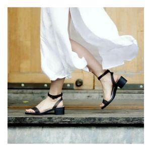 Isabella Croc heel sandal